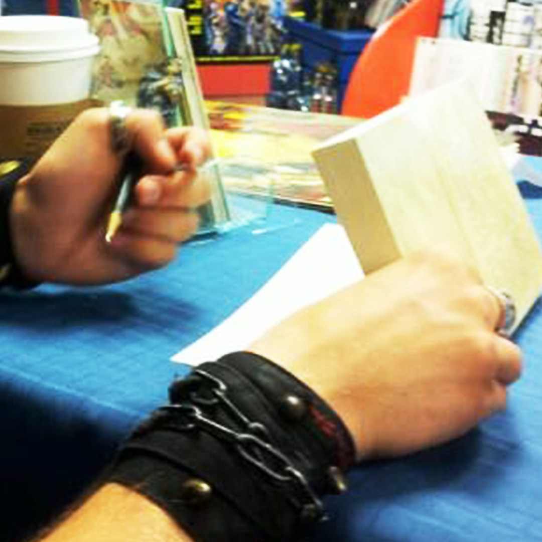 The Do's and Don'ts at a Book Signing