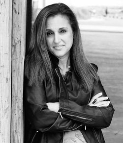 Kristina Rienzi, New Adult Author